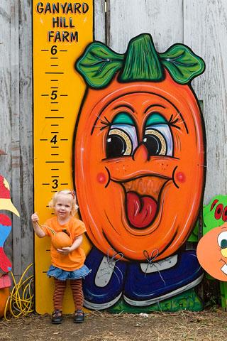 PumpkinHeightNina2005-web