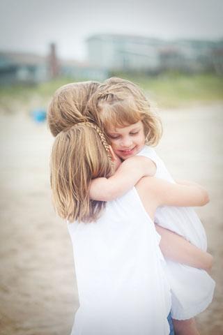 Hugs-web