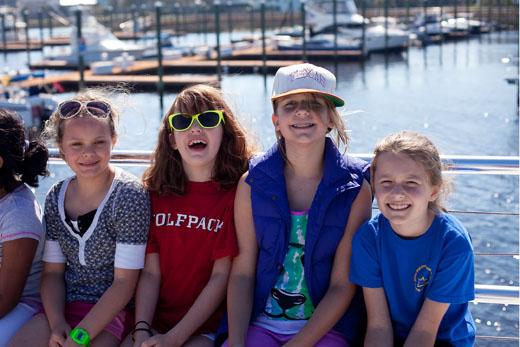 Girlsboat-520