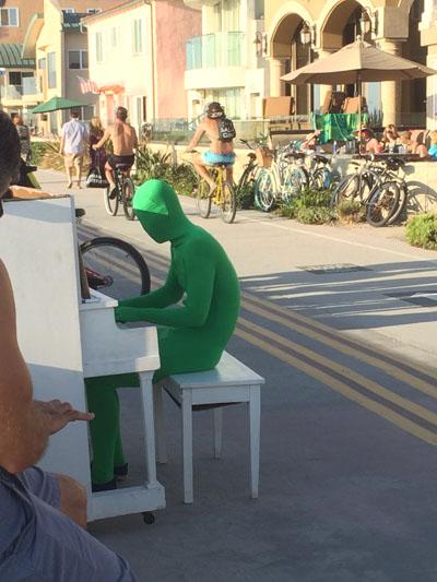 Piano-400